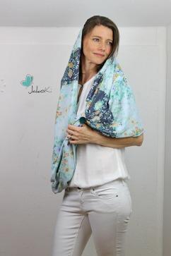 Modell/Foto: JakoKi, Stoff: Mia von Swafing, Schnitt: Loopschal Marlene von Kreativlabor Berlin
