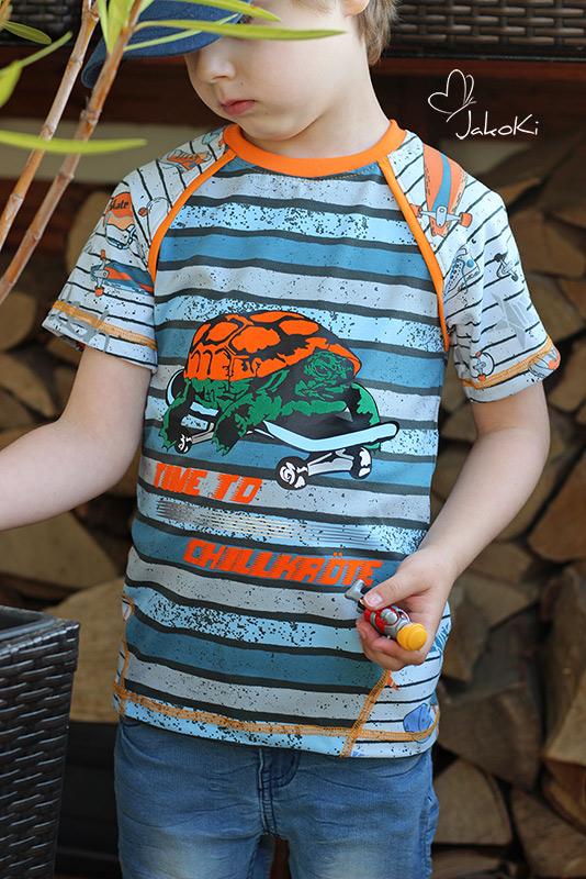 Casual Raglan mit Turtle | Modell/Foto JakoKi, Kirsten Heuter